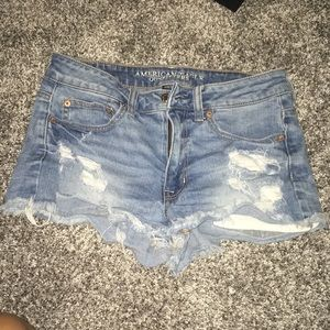 Size 6 American Eagle jean shorts!